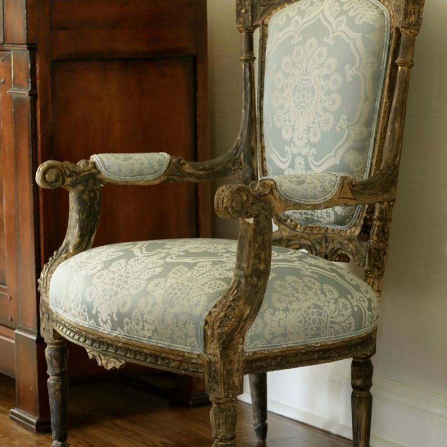 -french-chair-antique-pattern-fabric
