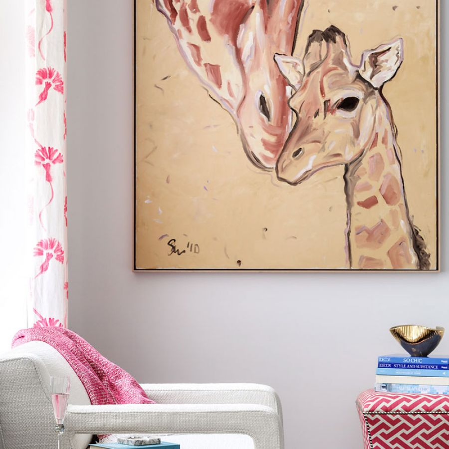 -Chair-Ottoman-Side-Table-with-Art-Giraffe-Paiting